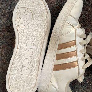Little girl adidas worn once little girls sz3